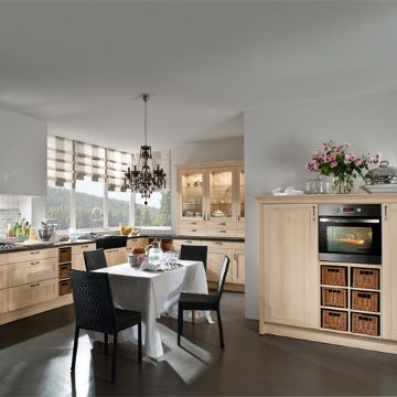 Picture of Arranged Kitchen Set