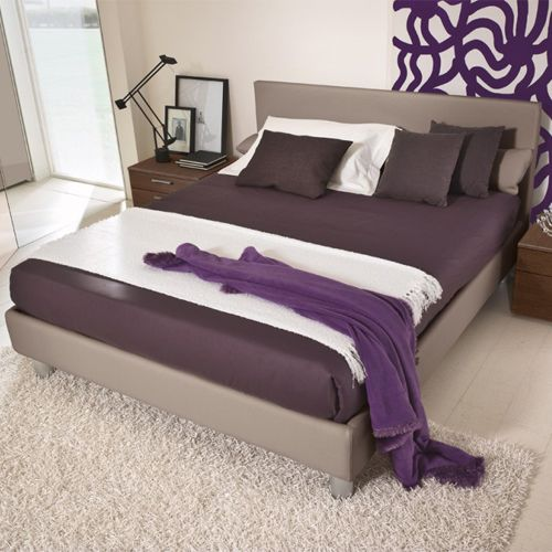 Picture of Family Bedroom Set